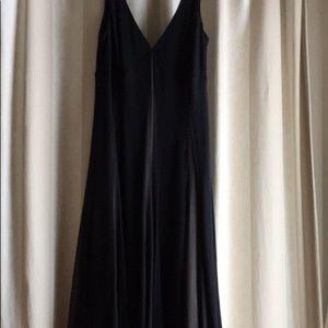 Dresses & Skirts - Cute, Swingy, Stretchy, Black Dress (10)